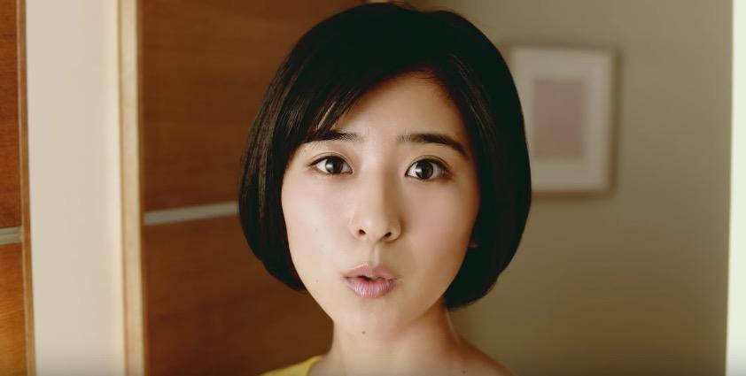 ブルボンCMプチシリーズ「プチまんぞく」篇の可愛い女の子は誰?