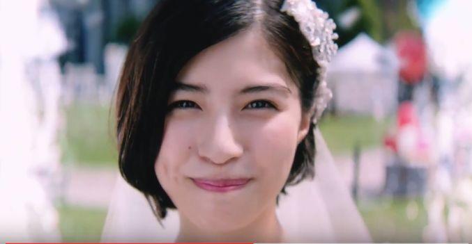 ゼクシィCM 噴水の中にいる可愛い花嫁さん役の女性(女優)は誰?