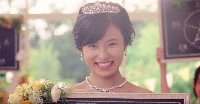 スマ婚CMに小島瑠璃子さんが出演!ウエディングドレス姿が可愛いと話題に!
