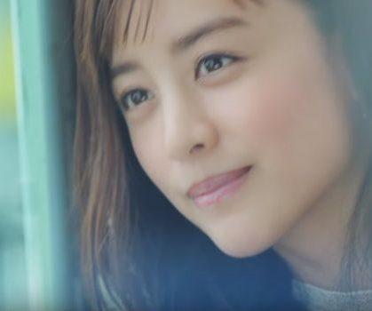 ニベア リップCMに出演の美人な女性(女優)は誰?艶めく唇に大注目!