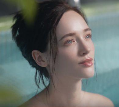 JT CM 銭湯に入る外国人の美人な女性(モデル)は誰?キレイと話題!