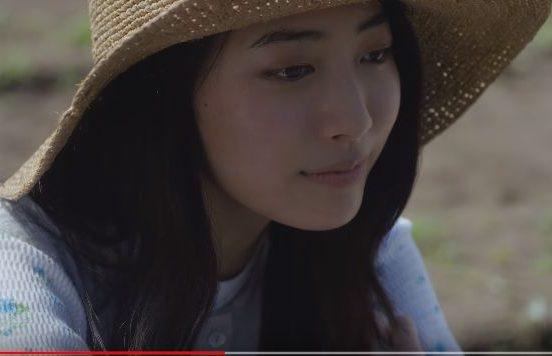 CM 龍角散のど飴に出演の帽子をかぶった美人な女性(女優)は誰?名前は?