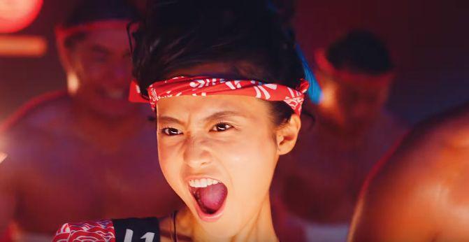 Yahoo(ヤフー)CM ワッショイと踊り叫ぶ可愛い女の子は誰?11月11日は「いい買い物の日」!