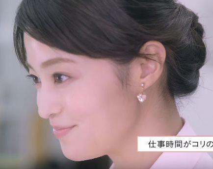 コリコランCMに出演の可愛いOL役の女性は?モデルの小林 涼子さん!