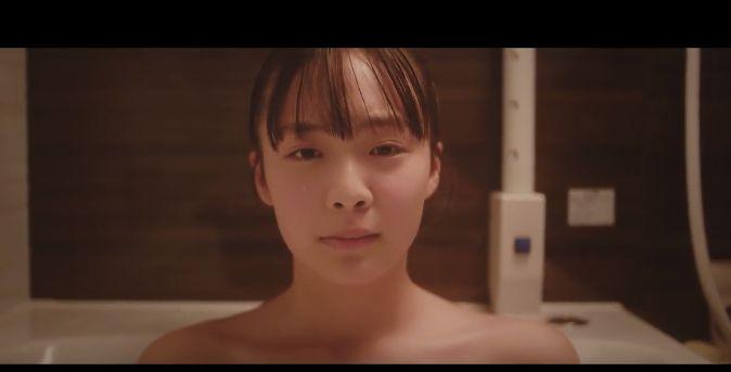 長府製作所 CMの女優は誰?お風呂で泣く女の子が可愛い!今注目の女性!