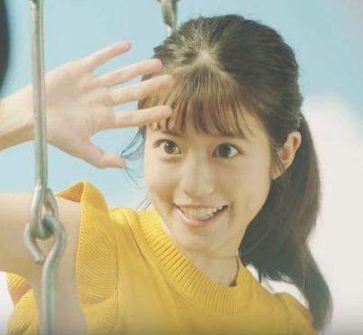 ソフトバンク CM ブランコに乗る黄色い服の女性は誰?女優の今田美桜さん!